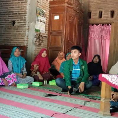 Pelatihan Budidaya Lele Pada Kelompok Wanita Tani Kawit Mulyo